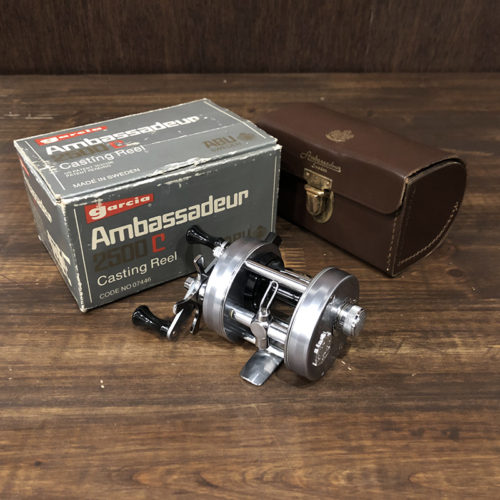 Abu Ambassadeur 2500C 1975年 最初期モデル(アブ アンバサダー 2500C) ベイトキャスティングリール オリジナルボックス レザーケース付 完品