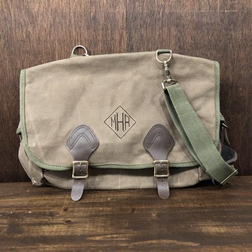 L.L. Bean Oild Shoulder Fishing Bag Deadstock エルエルビーン オイルド ショルダー フィッシング バッグ ビンテージ オリジナル デッドストック品