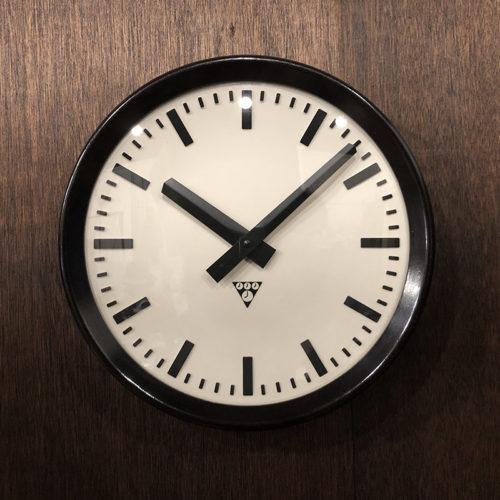 Pragotron Bakelite Two hands Wall Clock Mint パラゴトロン ベークライト ウォール クロック ダークブラウン ブラックハンズ アイボリー×ブラックインデックス クォーツ改装品 ビンテージクロック 壁掛け時計 ミントコンディション